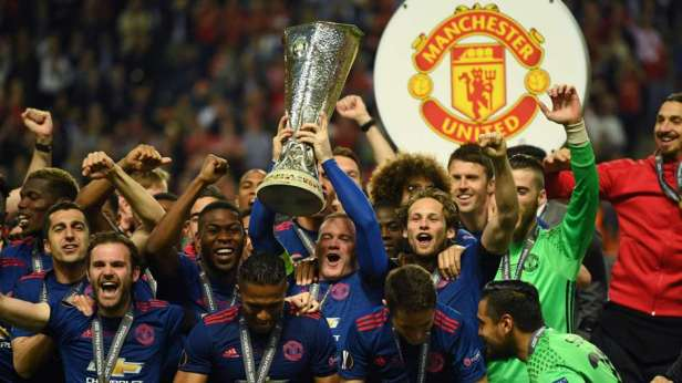 manchester-united-europa-league-trophy_o55omu7u5mx81092l65pq0g63